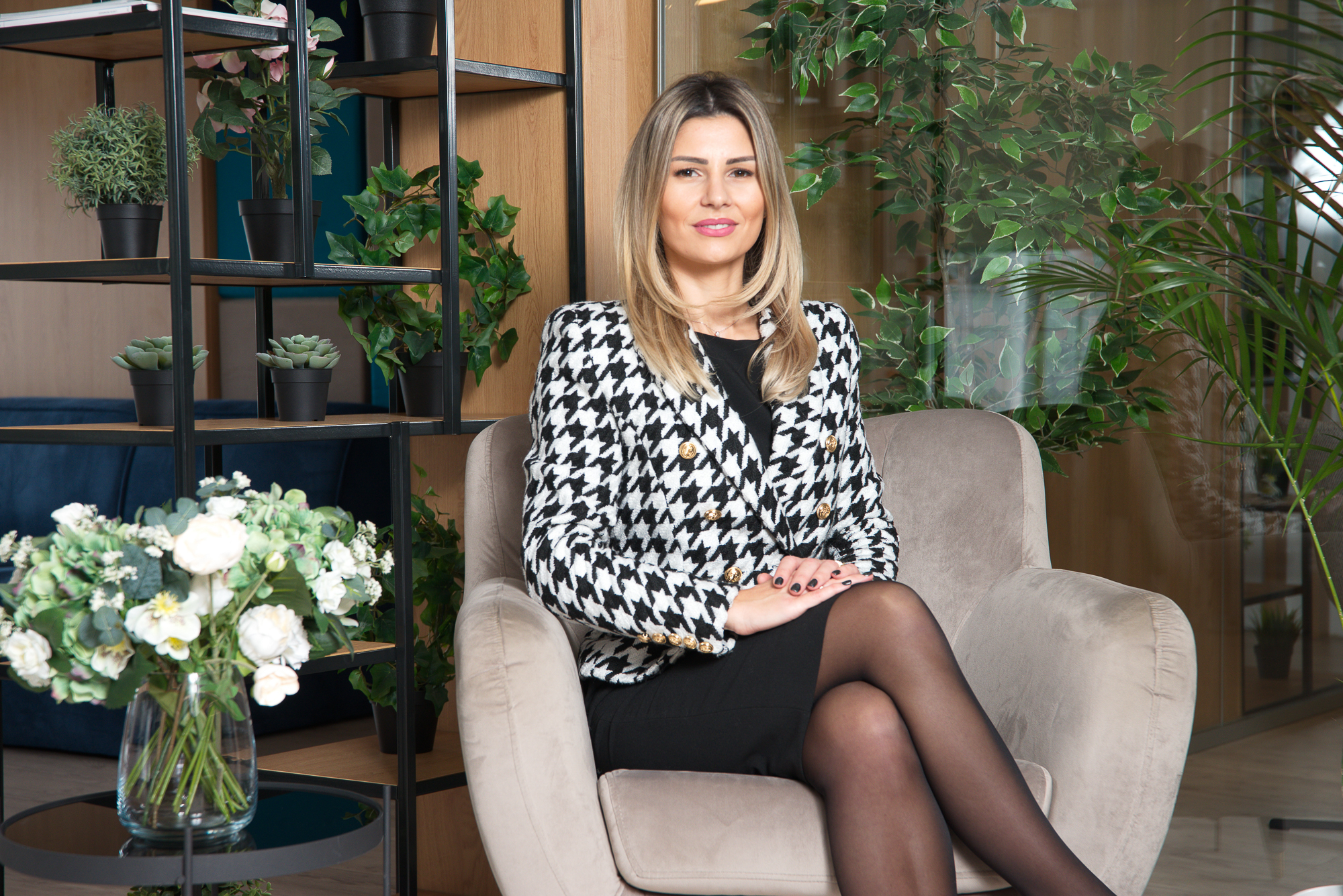 """Ana-Maria Cioclei, Marketing & Sales Coordinator: """"We advise the client from the first meeting until the apartment's handover"""""""